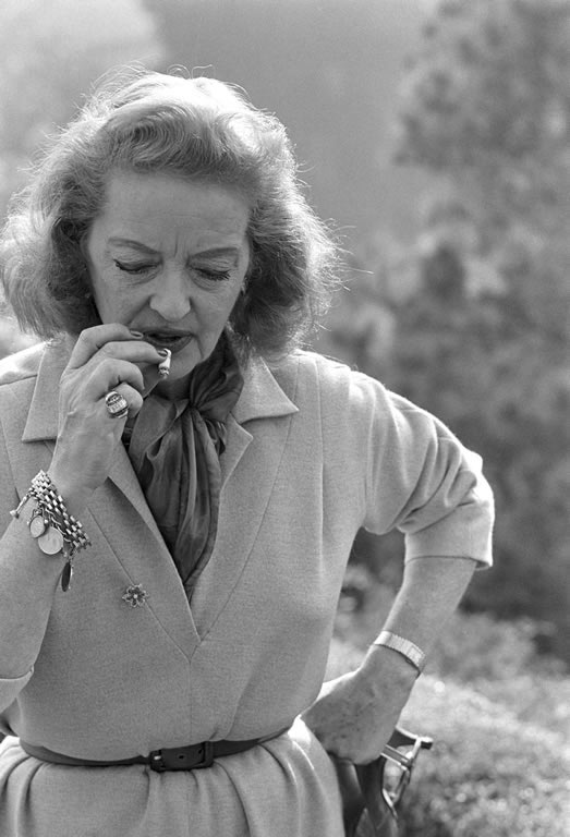 "Bette Davis en ""Belle Air"". 1962  © Lawrence Schiller / Cortesía MONDO GALERIA"